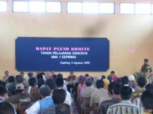 Suasana Rapat Pleno Komite SMA CEPIRING tahun 2009/2010